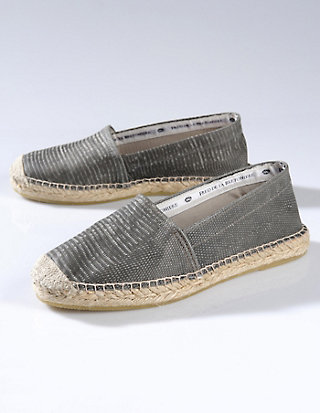 Fred de la Bretoniere Slipper Rabea
