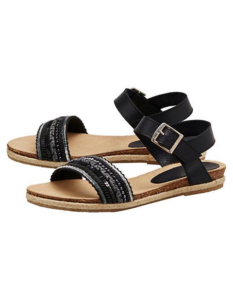 sandalen begitta von deerberg in schwarz deerberg. Black Bedroom Furniture Sets. Home Design Ideas