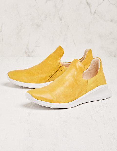 Think Sneaker Nidia