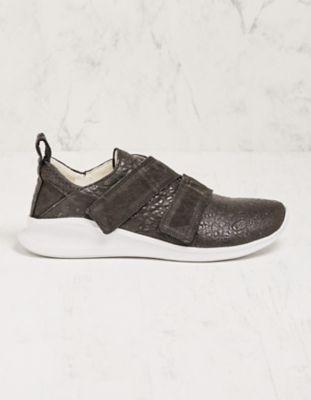 Think Sneaker Perlin schwarz