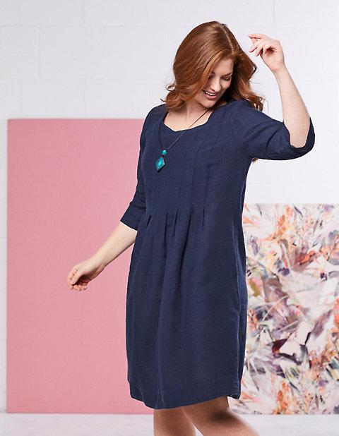 f321d9e3c03 Leinen-Kleid Diana von Deerberg in blau